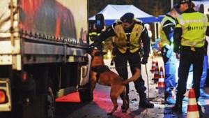 Meer mensensmokkel via Limburgse grenzen: fors aantal verdachten opgepakt op A2 en A67