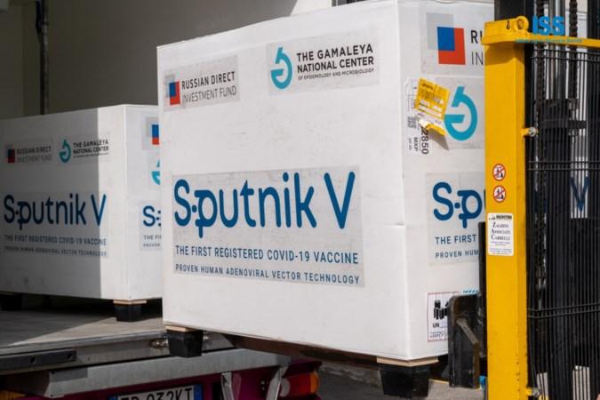 Europa kijkt mee met proeven naar Russisch coronavaccin