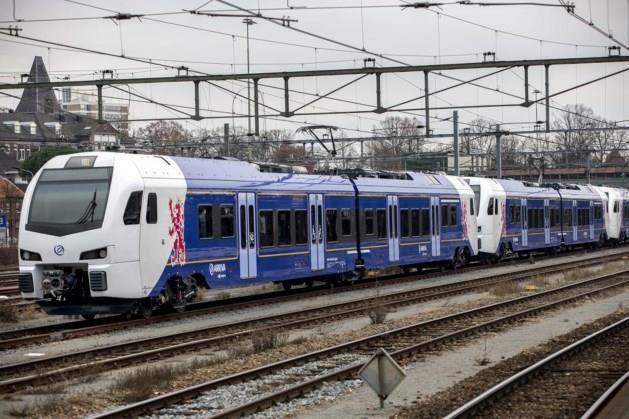 Overwegstoring: stoptreinen rijden niet tussen Roermond en Susteren