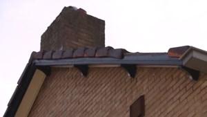 Opnieuw dakpannen van Meerssense woning losgekomen door overkomend vliegtuig