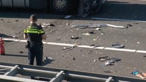 A73 weer open na ongeluk met vrachtwagen en camper voor Roertunnel