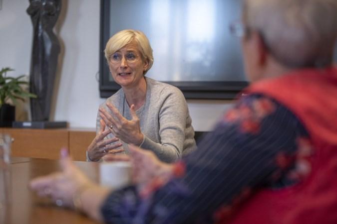 Burgemeester Dassen-Housen wijst complimenten af