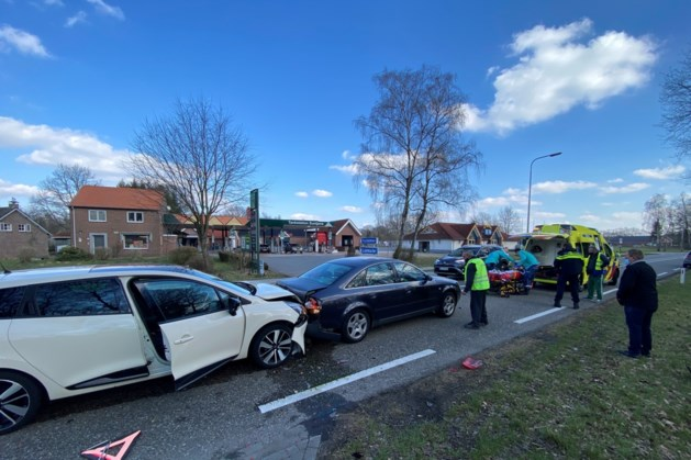 Drie gewonden bij aanrijding in Herkenbosch