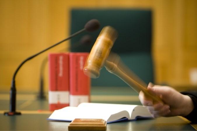 Tweetal krijgt in hoger beroep 5,5 jaar cel voor brandstichting in woning Haelen