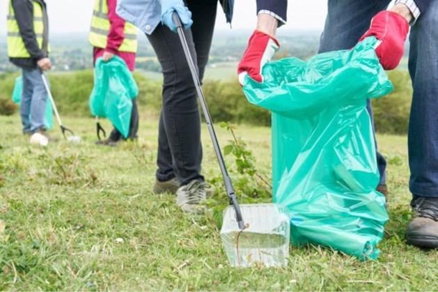 Vliegende start voor adoptieplan in Sittard-Geleen om afval op te ruimen: tientallen vrijwilligers doen mee