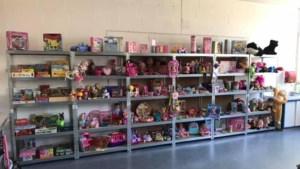 Speelgoed- en kledingbank De Grabbelton op afspraak geopend
