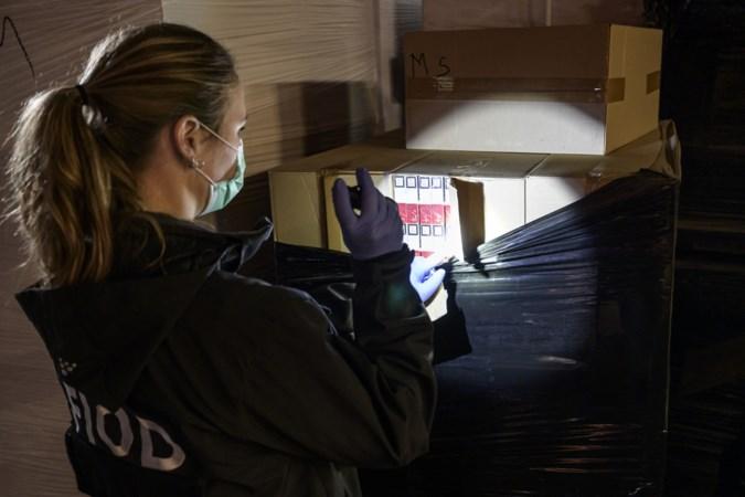 FIOD-inval Ospel: 8 pallets namaaksigaretten in beslag genomen