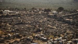 Tieners jaren de cel in voor brandstichting in vluchtelingenkamp Moria