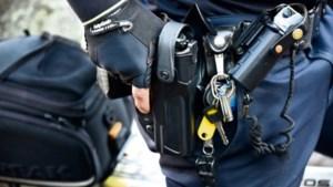 Politie kraakt criminele berichten: op drie plaatsen in Limburg invallen
