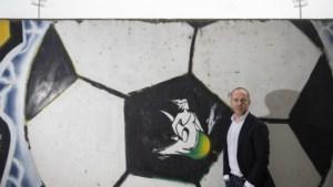 Fortuna-directeur Pfennings over jaar lang corona en nieuwe clubeigenaar: 'Degradatie was extreem lastig geweest'