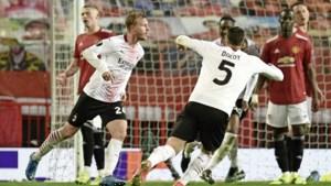 AC Milan deelt in slotfase tik uit aan Manchester United; Tottenham en Arsenal doen wel goede zaken
