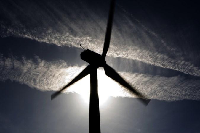 Oirlo aan de leiding bij invullen enquête windpark