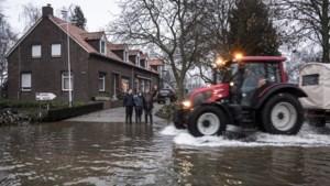 Duidelijkheid geëist over verschil van inzicht over dijkbescherming Maas