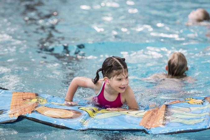 Snel diploma voor zomervakantie: run op turbozwemlessen