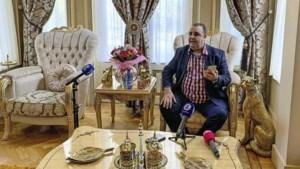 Kasteelheer Salar Azimi woest over politie-inval: 'Ze denken dat ze El Chapo te pakken hebben'