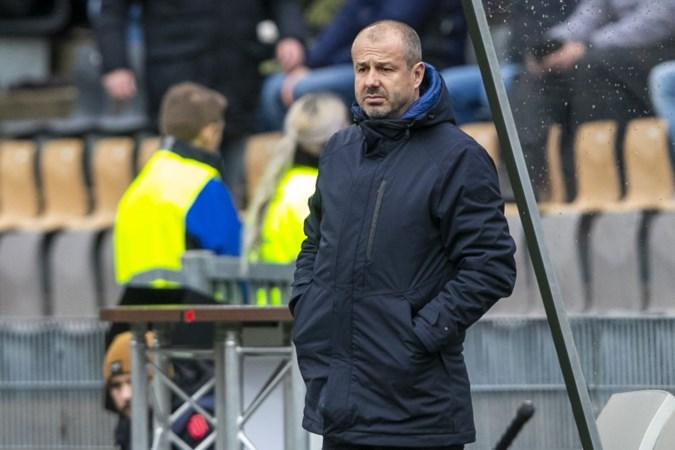 Problemen VVV stapelen zich op: na ontslag De Koning assistent-trainer Driessen in quarantaine