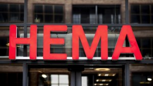 Model met stoma in nieuwe reclame HEMA zorgt voor gemengde reacties