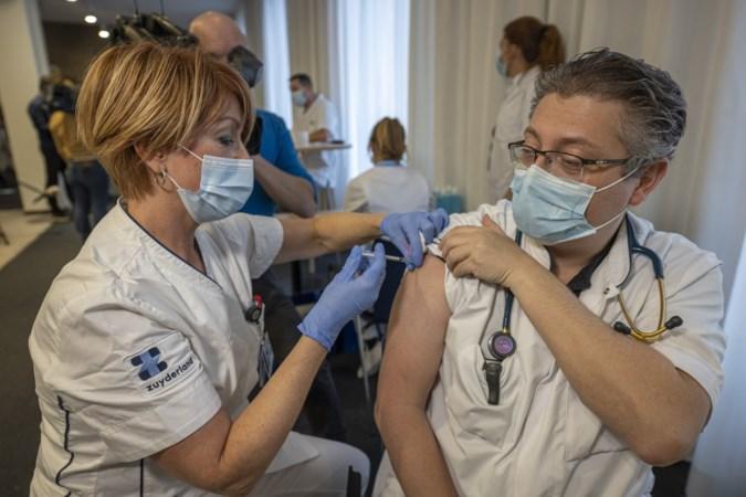 Onrust in ziekenhuizen groeit met nieuwe coronagolf op komst: 'Zorgpersoneel trekt het emotioneel niet meer'