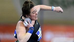 Olympische droom voorbij voor kogelstootster uit Sittard door nieuwe blessure: 'Dit moet ik in alle rust verwerken'