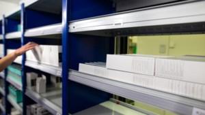 Hoe de 'chaotische apotheek' in het MUMC helpt bij een veilige vaccinverdeling