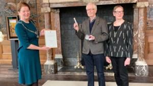 Teken van Verdienste voor Maastrichtse dichter Frans Budé