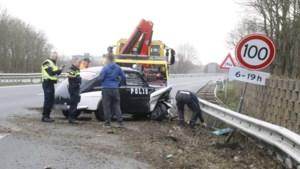 Ongeval met oldtimer-politiewagen op A77