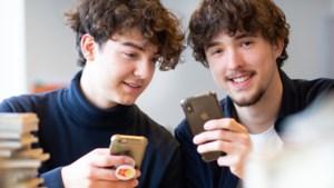 Guillaume en Timo brengen jong en oud bij elkaar met dezelfde technische ontwikkeling die ze uiteen dreef