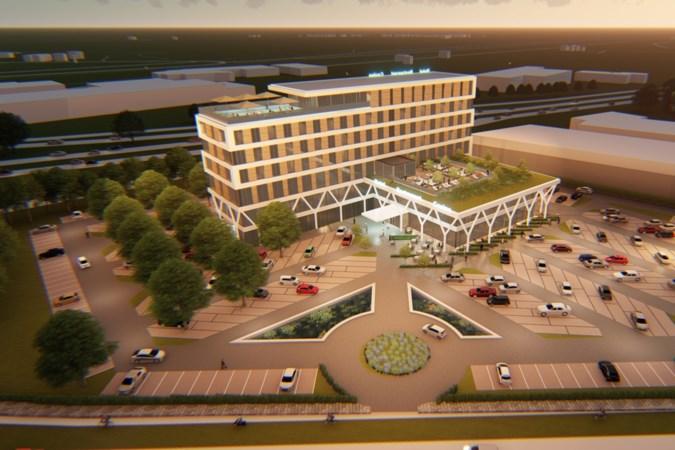 Nieuw hotel langs A2 bij Echt met rooftopbar en speelautomatenhal