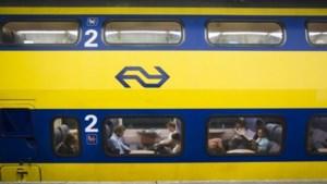 'Naast elkaar zitten in de trein zal binnenkort toch weer moeten'