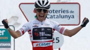 Chaves wint bergrit in Catalonië, Yates blijft leider