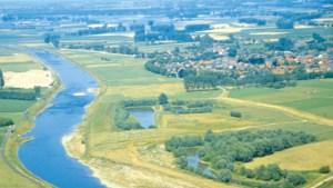 Plan voor reeks 'Prinsengrachtconcerten' op groot drijvend podium in Maas