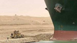 Eigenaar blokkeerschip Suez: mogelijk zaterdagavond oplossing