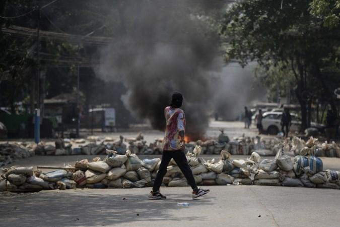 Defensiechefs twaalf landen veroordelen geweld door leger Myanmar op 'bloedigste dag' sinds machtsovername