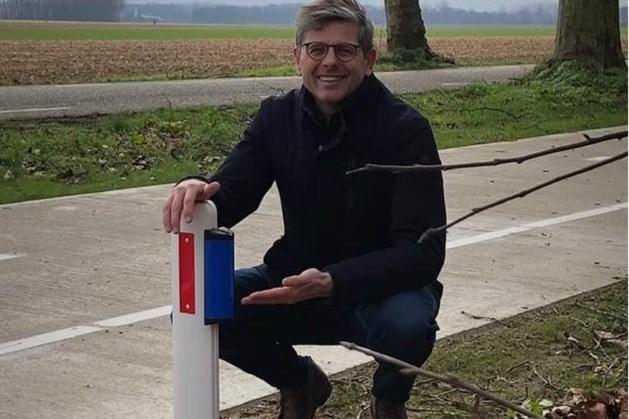Wildspiegels waarschuwen overstekende dieren in Beesel en Roermond voor naderend verkeer