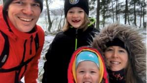 Tim verhuisde van Berg aan de Maas naar Zweden: 'Kinderen leren hier andere dingen op school, zoals welke bessen eetbaar zijn en welke niet'