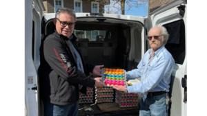 Harmonie St. Caecilia doneert paaseieren aan voedselbank