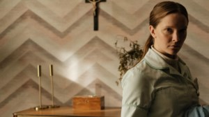 Filmrecensie 'Saint Maud': Heilig boontje is een doodenge relifanaat