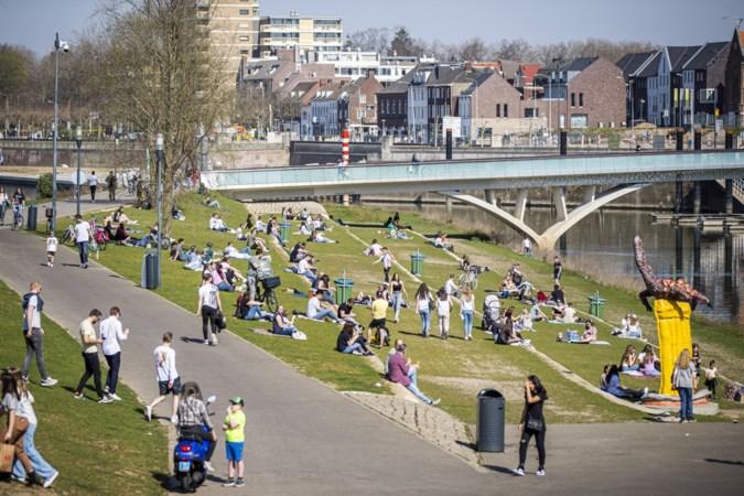 Een brandende zon, lauw bier en ijsjes; Limburgers genieten van de warmste maartdag ooit