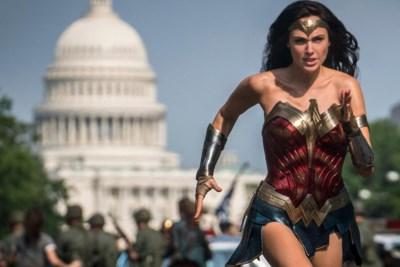 Filmrecensie 'Wonder Woman 1984' : Tijdcapsule landt met vertraging