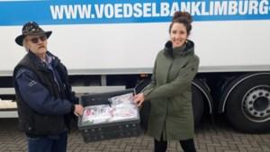 'Adopteer een glimlach': tandenpoetspakketten voor kinderen voedselbank