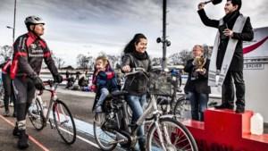 Zegening van fietsers op wielerbaan in Geleen gaat paasmaandag niet door