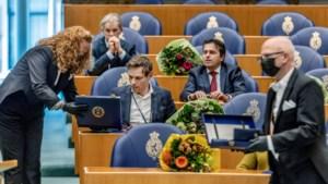 Wisseling van de wacht op het Binnenhof: Martijn van Helvert moet weg, Maria mag blijven