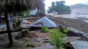 Minstens 18 doden na aardverschuivingen in Indonesië