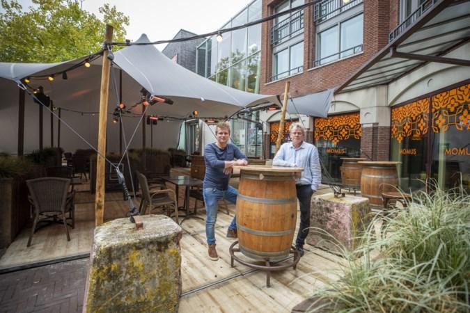 Peel en Maas denkt mee met horeca en gaat overkappingen op terrassen toestaan
