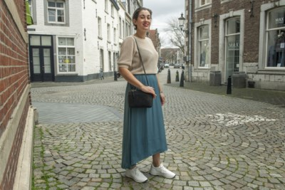 Renée uit Cadier en Keer: 'Ik geef 300 euro per maand aan kleding uit'