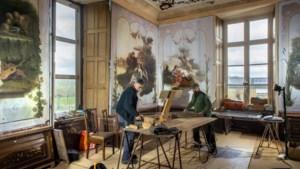 Na jaren zoeken is de grote salon van kasteel Borgharen bijna compleet: 'Die doeken horen echt hier thuis'
