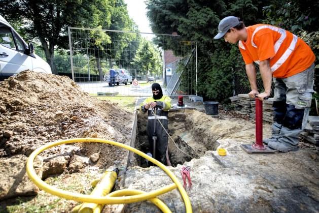 Tot half augustus werkzaamheden aan gasleiding in Valkenburgerweg Wijlre