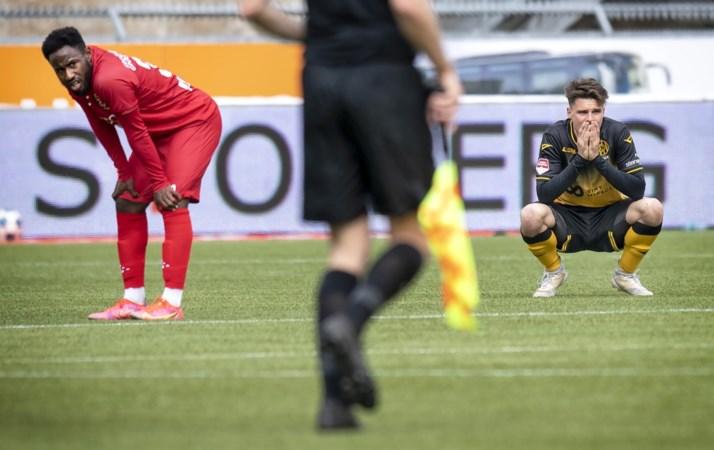 Roda JC'er Ali Messaoud werkt zich in restantje niet echt in het zweet: 'Dit shirt kan ik best nog een keer aan'