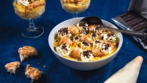 Annies zondagse toetje van vroeger: gele pudding met kokosmakronen