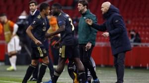 Erik ten Hag baalt: 'Deze nederlaag is totaal onnodig'
